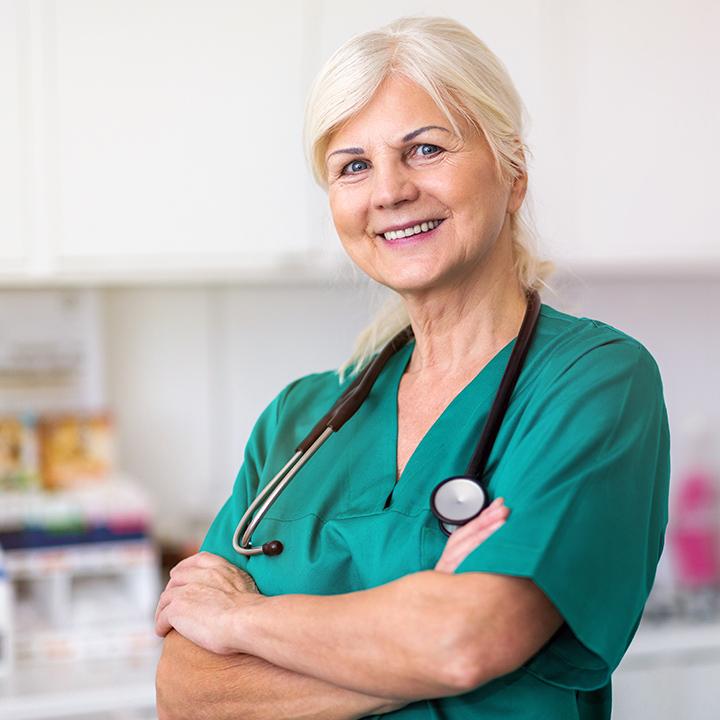 年齢や配属されている診療科で金額も変わる